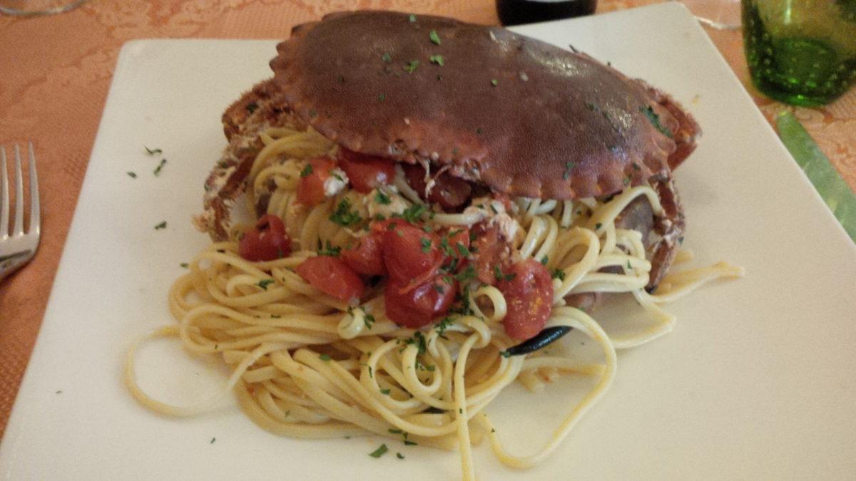 la foto con panino e spaghetti begli incentivi Egmont